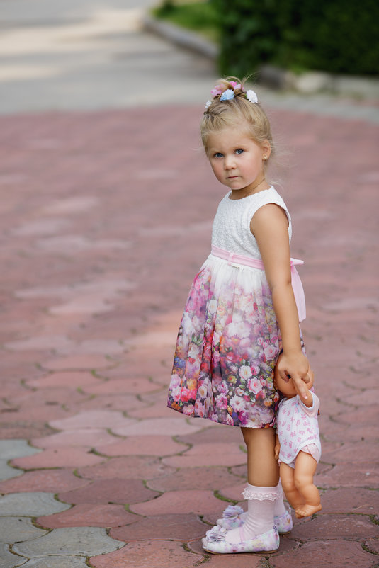 Детство так же быстротечно как и ушедшее лето.... - Oleksii Roshka