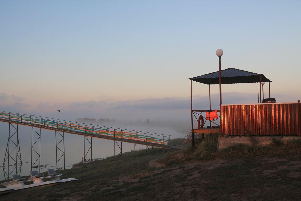 Туманное утро на озере Горькое. - Олег Афанасьевич Сергеев