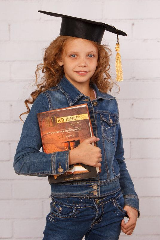 Современная школьница - Natalia Petrenko