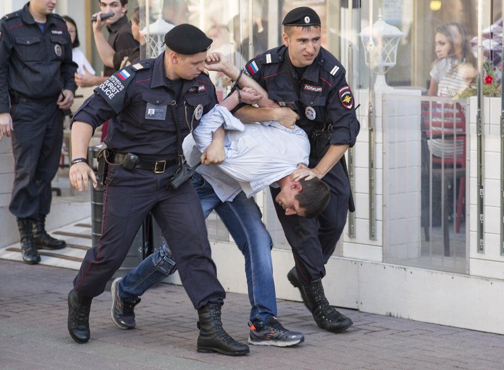 Задержание дебошира - Александр Степовой