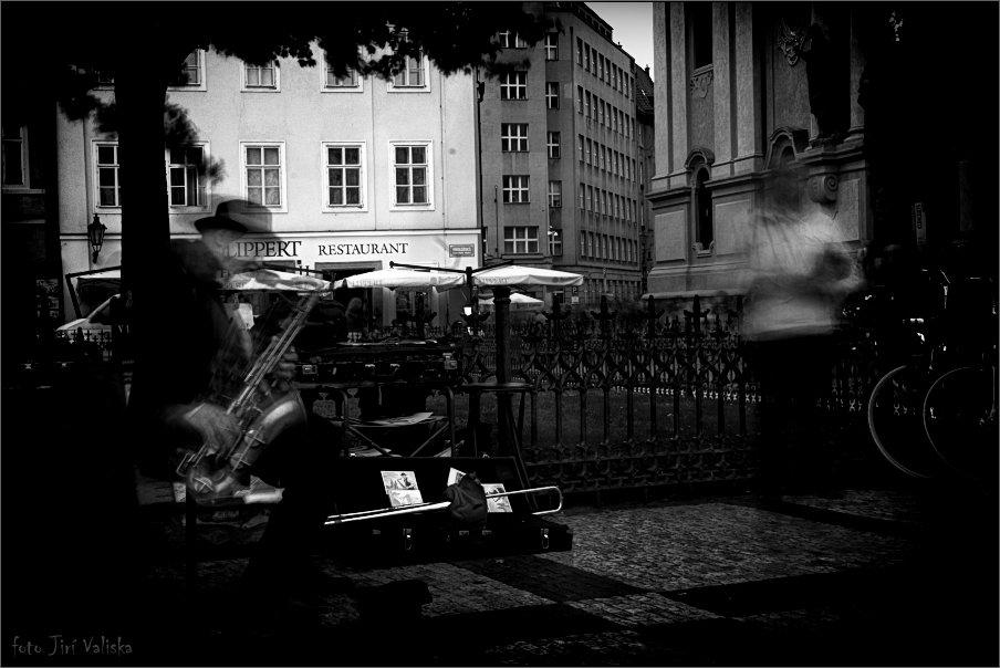 ностальгические саксофона из Праги - Jiří Valiska