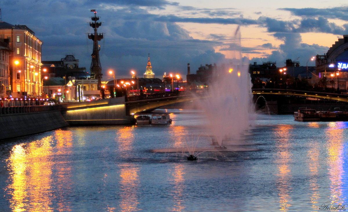 .. Городской пейзаж (вариант с фонтанами №1) - Арина Дмитриева