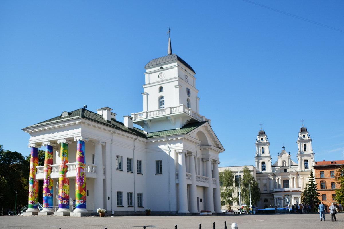 Минск. Минская городская Ратуша - Николай