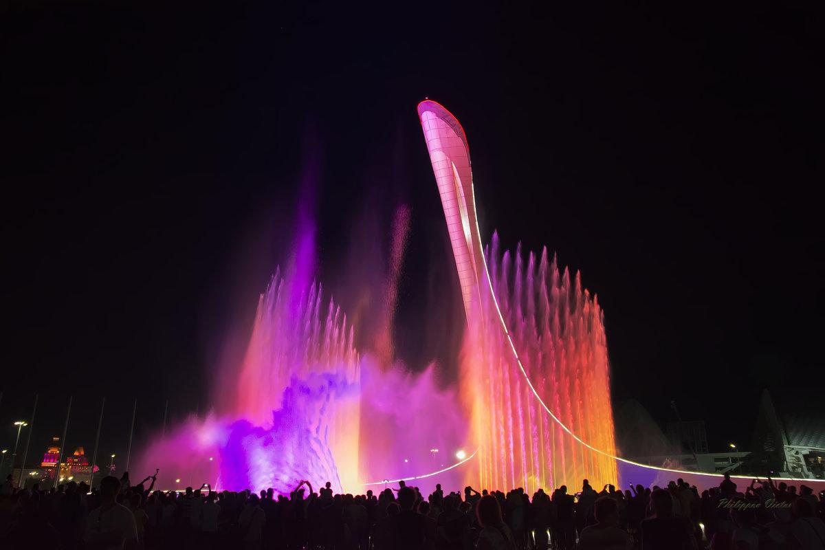 Ночное шоу фонтанов  (Олимпийский Парк Адлер-Сочи) - Виктор Филиппов