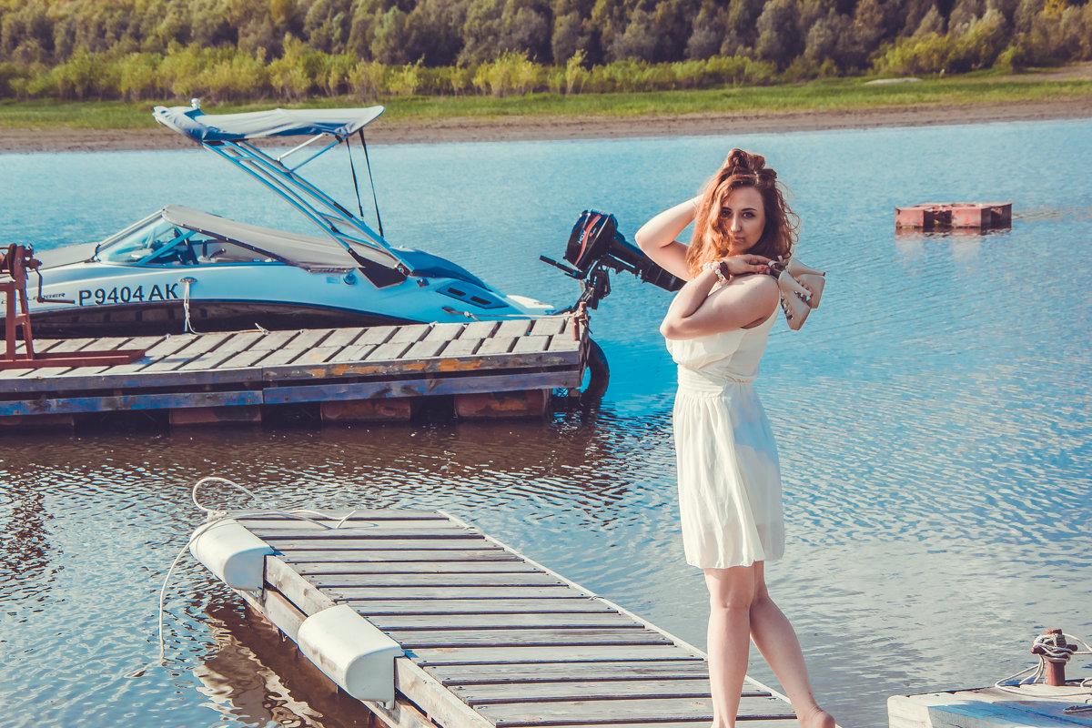 У моря - Екатерина Смирнова