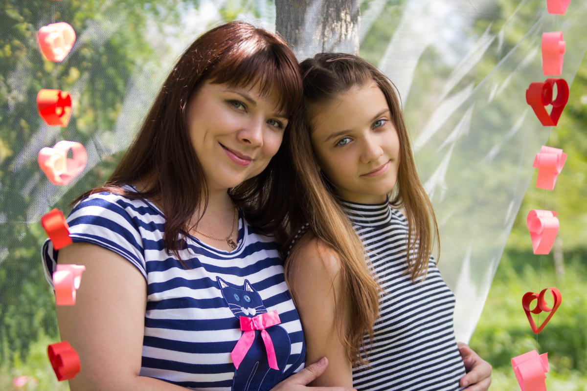 Мама с дочкой - Valentina Zaytseva