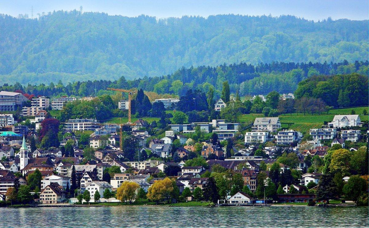 провинциальная Швейцария - Александр Корчемный