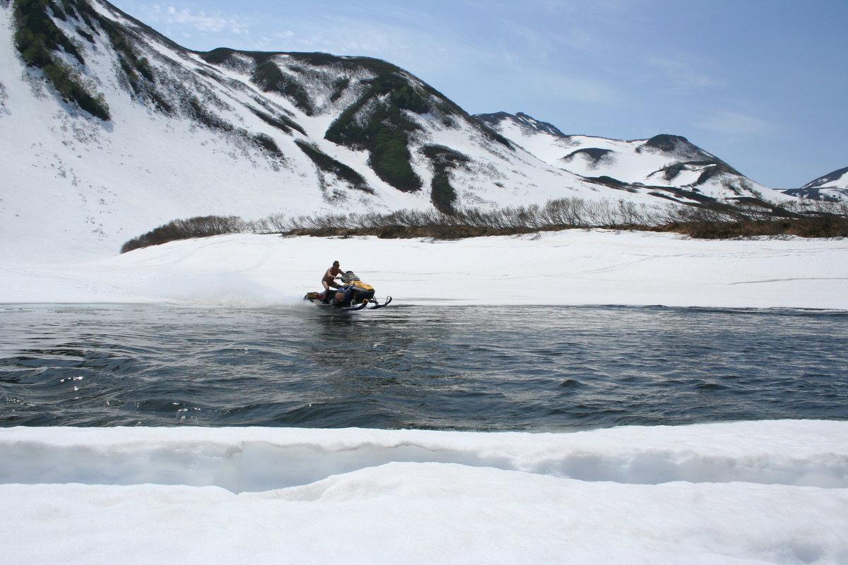 и снегоды плавают - Юрий Петров
