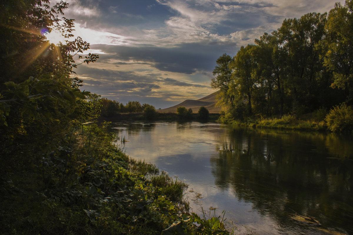 Вечером у реки... - Альмира Юсупова