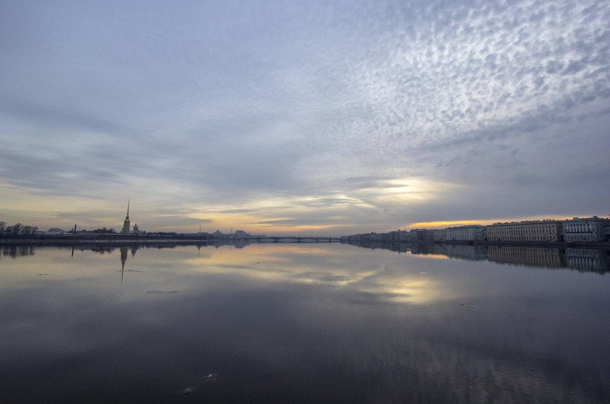 Утро Петербург - Алексей