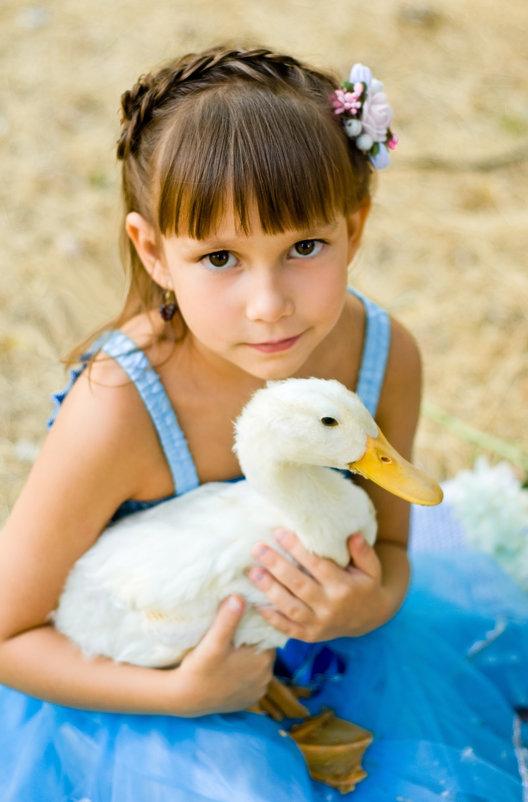 Девочка и утка - Алла Самарская Citadel