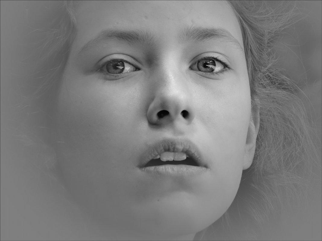 портрет - Natalia Mihailova