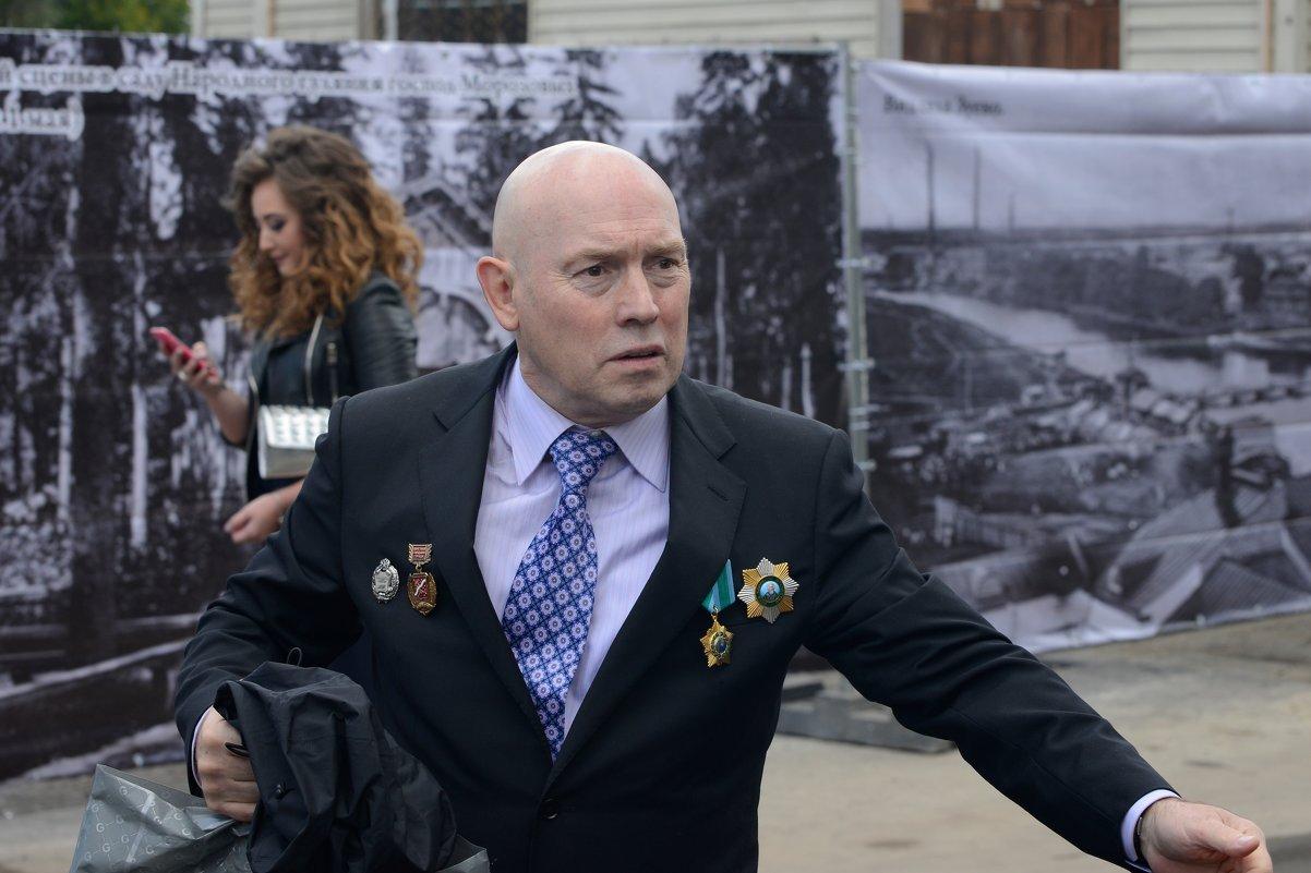 Виктор Сухоруков - Юрий Бичеров