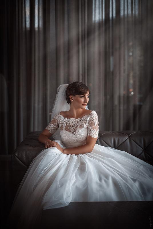 М - Анна Литвинова