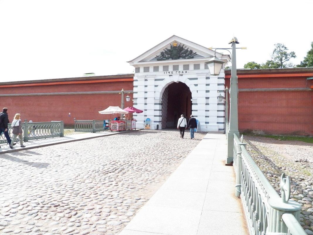 Петропавловская крепость - Виктор Елисеев