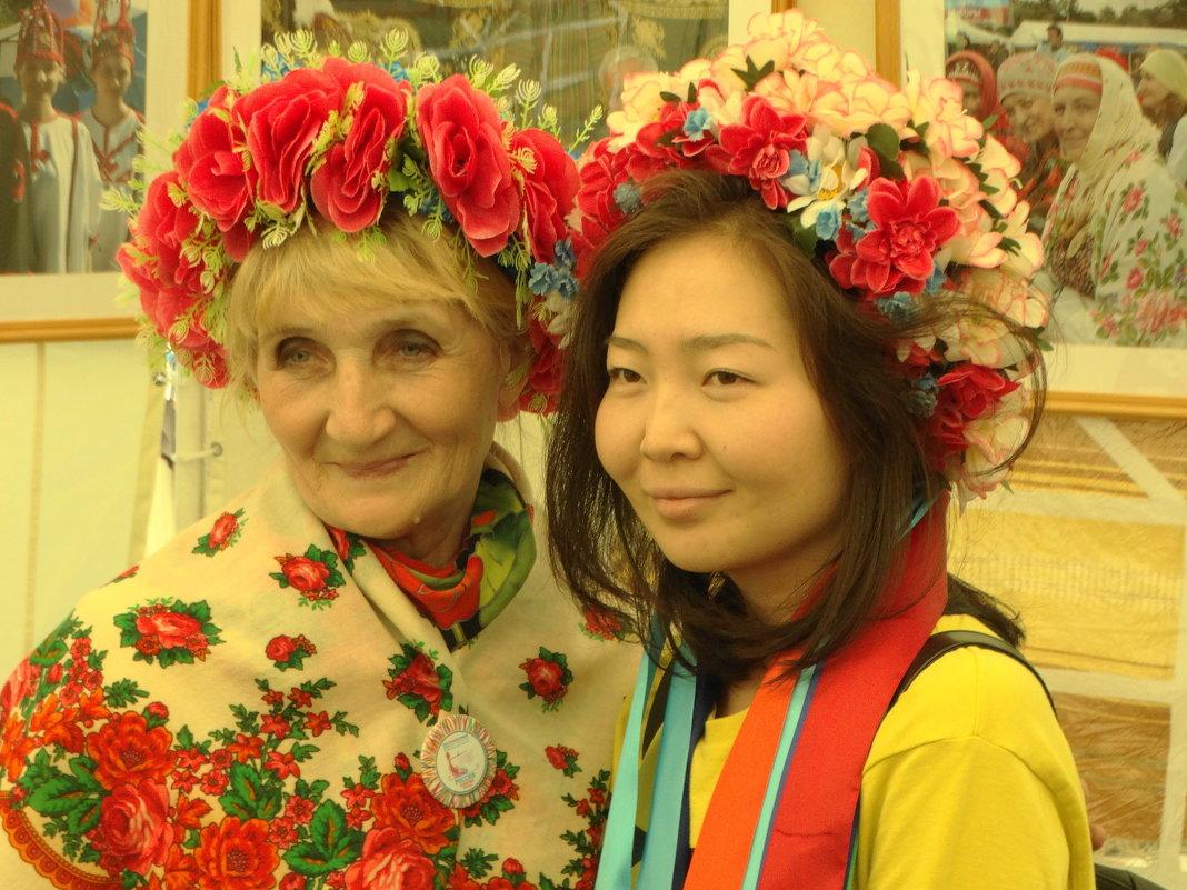 красота, улыбки, возраст.... - Михаил Жуковский