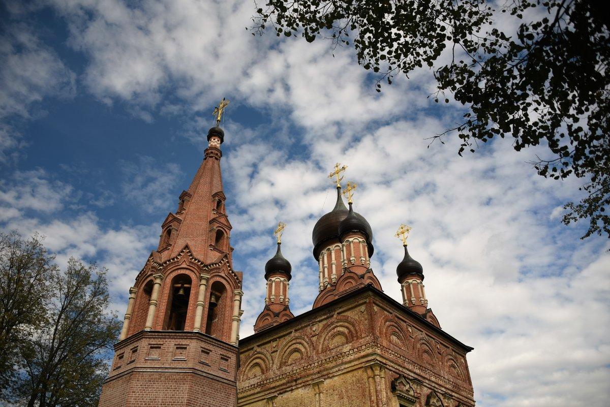 Церковь в д.Мещерское. Московская область. - Елена Савчук