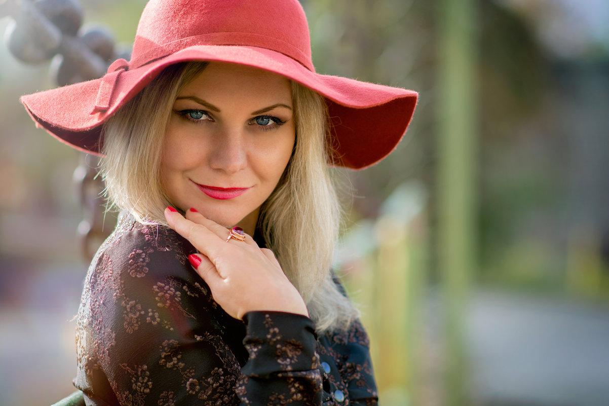 Мадам Фи - Елена Тарасевич (Бардонова)