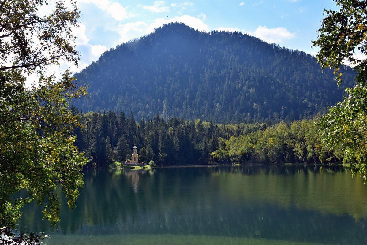 Озеро Изумрудное - Геннадий Ячменев