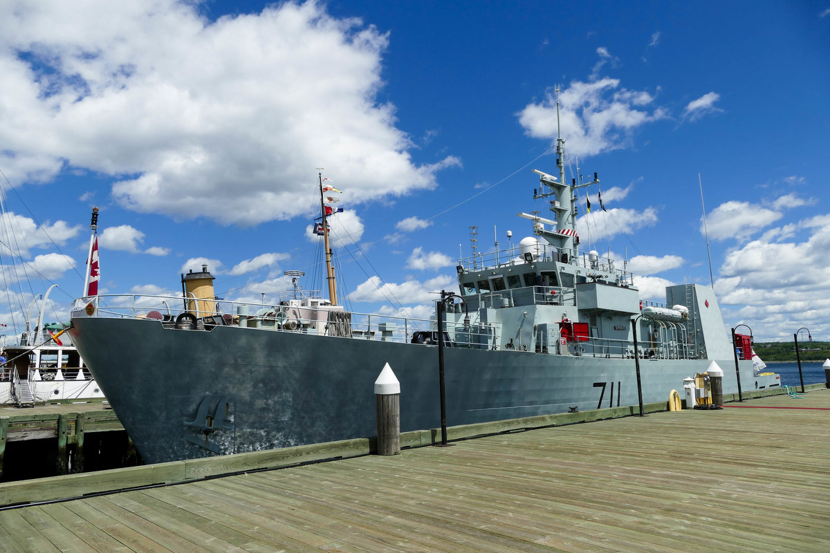 Исторический военный корабль HMCS Sackville - Юрий Поляков