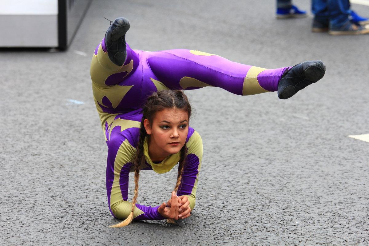 Гимнастка - Дмитрий Сушкин