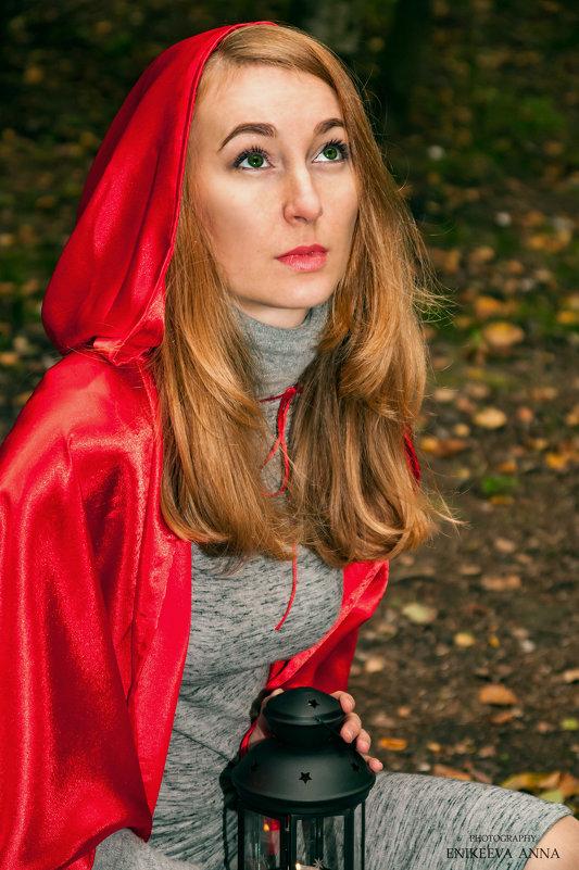 Красная шапочка - Anna Enikeeva