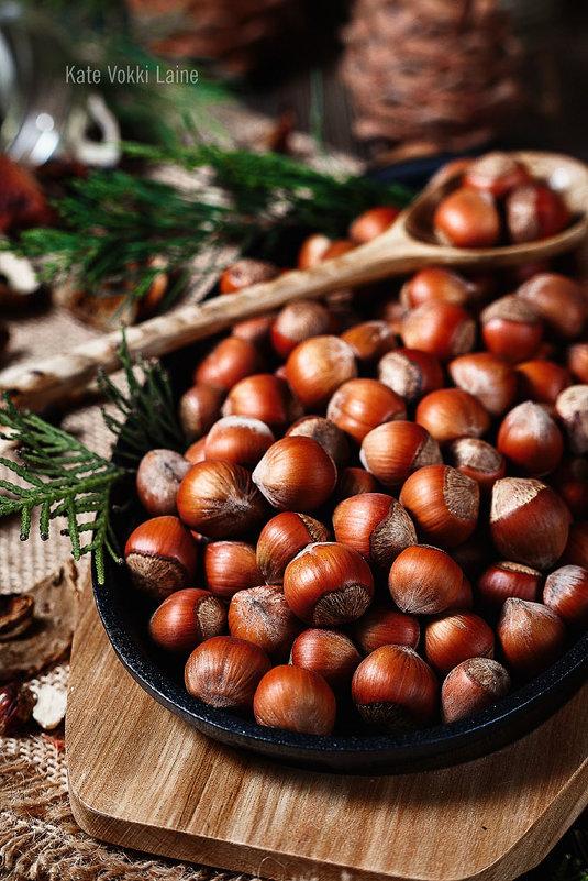 Nuts - Katie Voskresenskaia