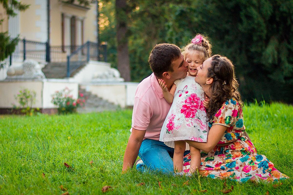 Мы дарим детям жизнь, а они нам ее смысл - Алёна Жила