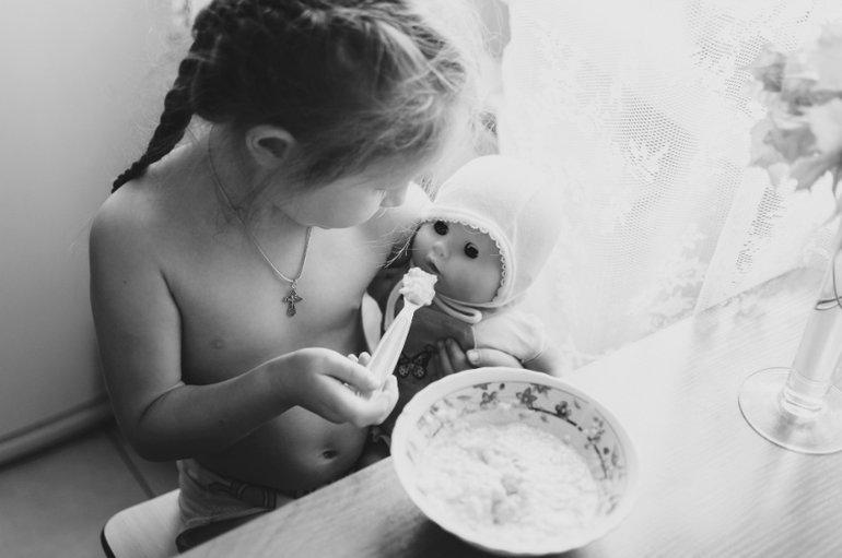 Кормление кукольных младенцев - Юлия Полуэктова