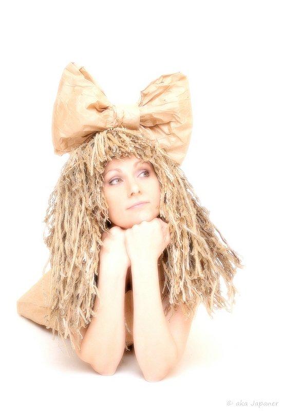 девочка с волнистыми волосами - ака Японец