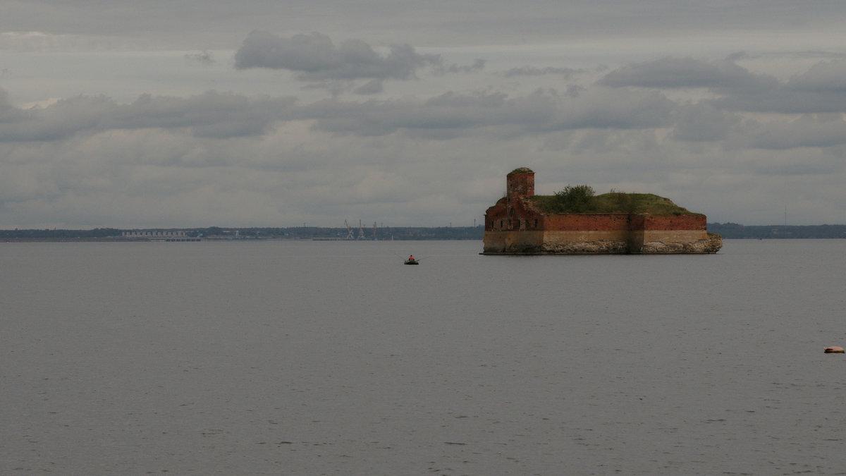 Финский залив..Пасмурно..скоро будет дождь.. - tipchik