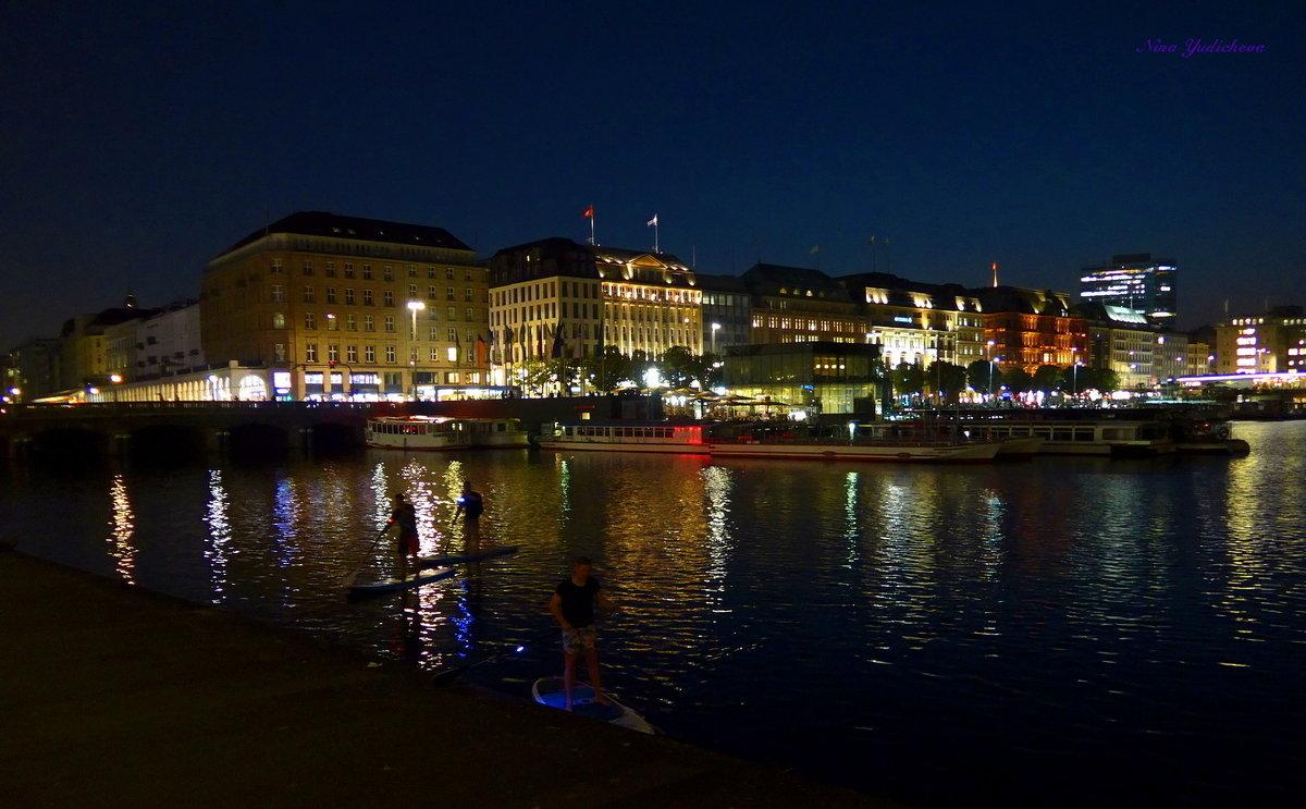 Очарование ночного Гамбурга (серия) Ночная прогулка по воде - Nina Yudicheva