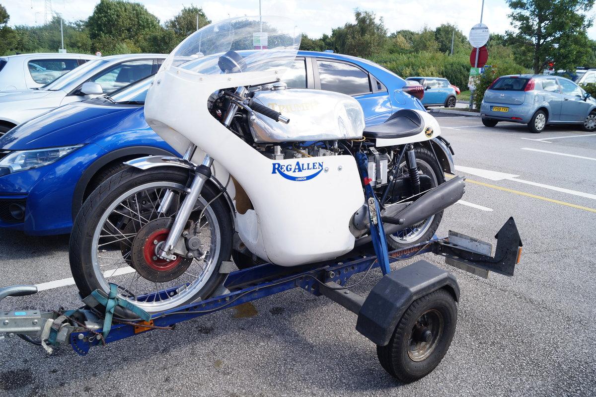 Классический мотоцикл - Natalia Harries