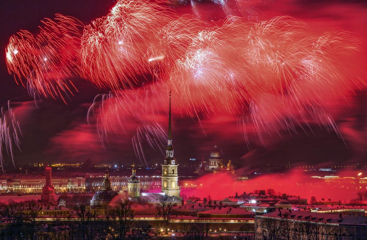 Праздничный салют в Санкт-Петербурге - Игорь Маснык