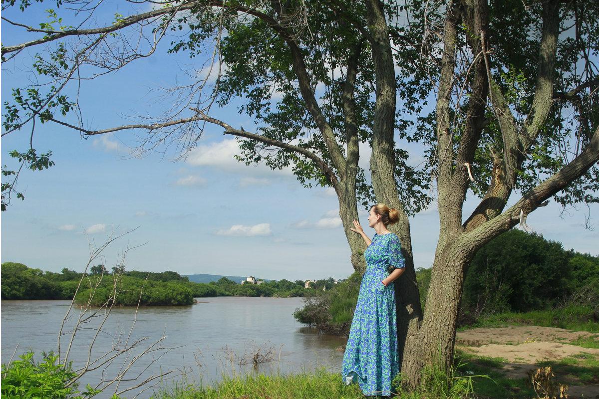 У реки - Юлия Руденко