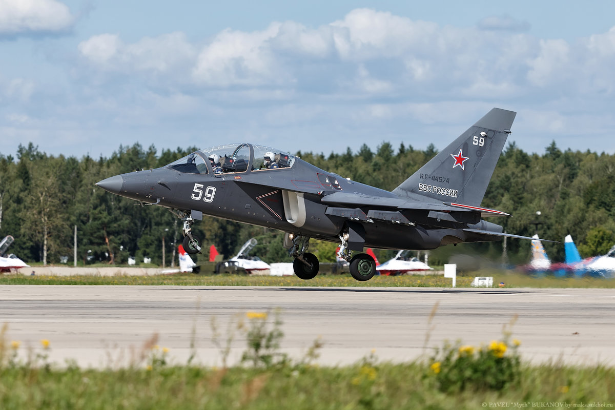 УБС Як-130 - Павел Myth Буканов