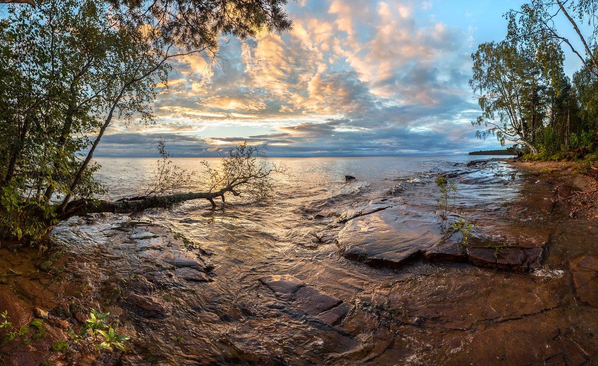 Засветилось озеро - Фёдор. Лашков