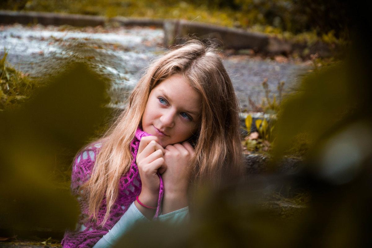 Сквозь листву пробиваются мечты... - Антонина Говор