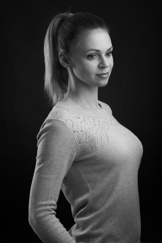 Чёрно-белое - Анатолий Тимофеев