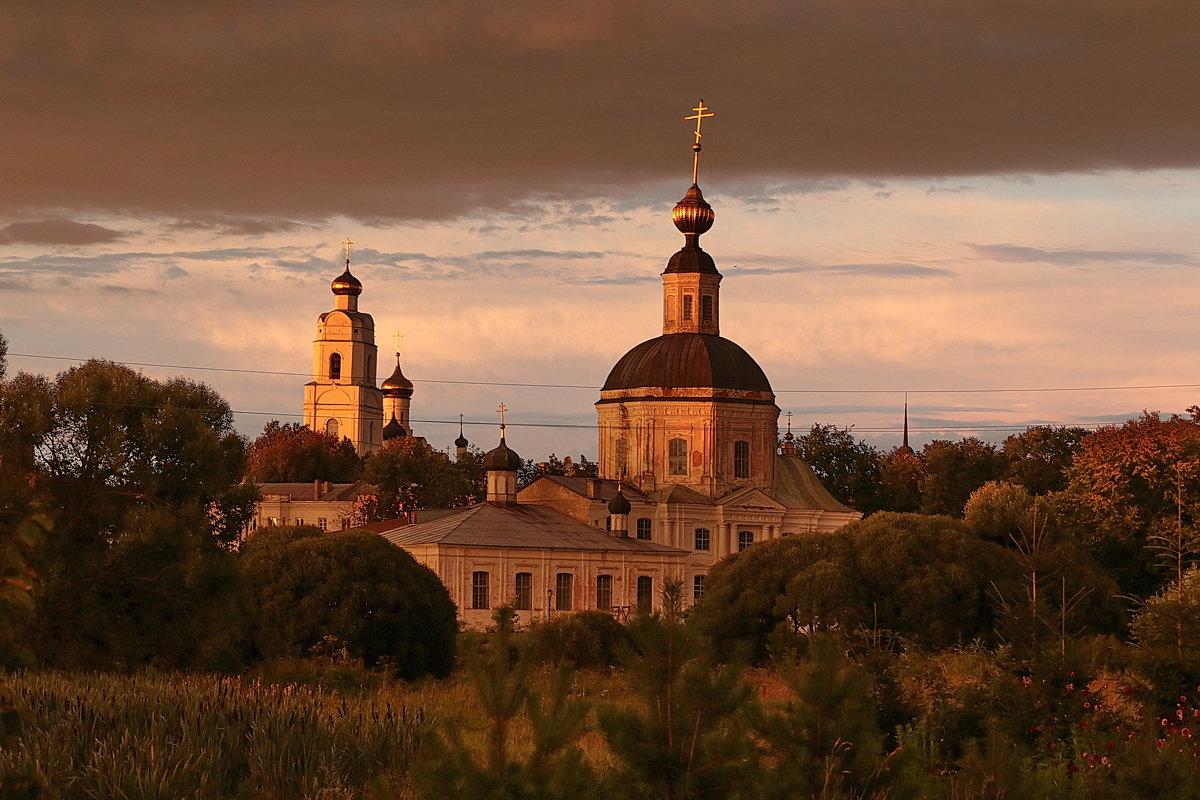 На закате - Владимир