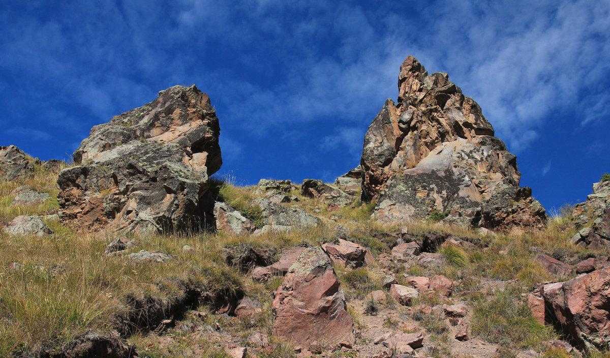 Загадочные камни Эльбруса, результаты извержения вулкана. - Vladimir 070549