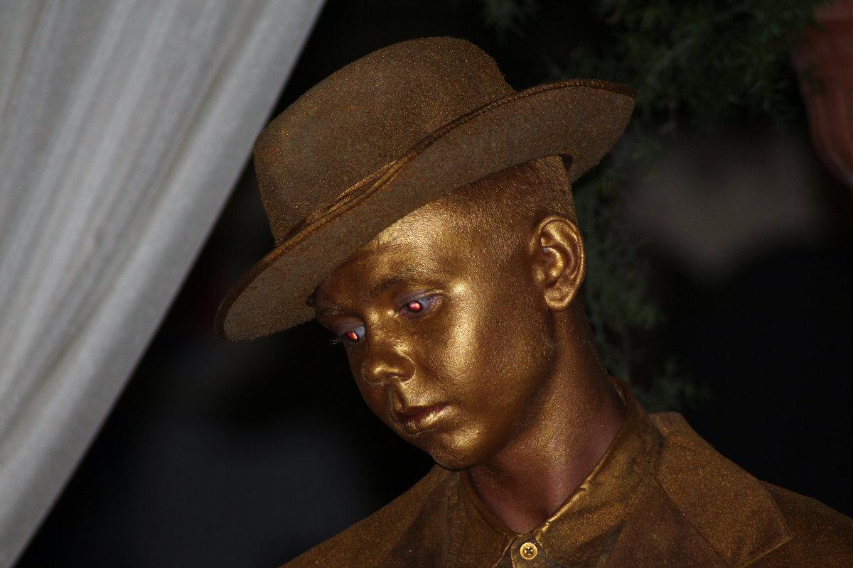 живые статуи - иван