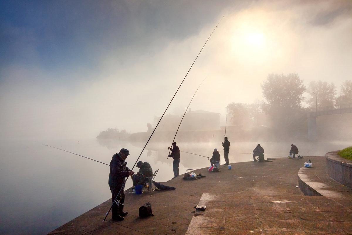 Рыбаки на Неве - Владимир Миронов