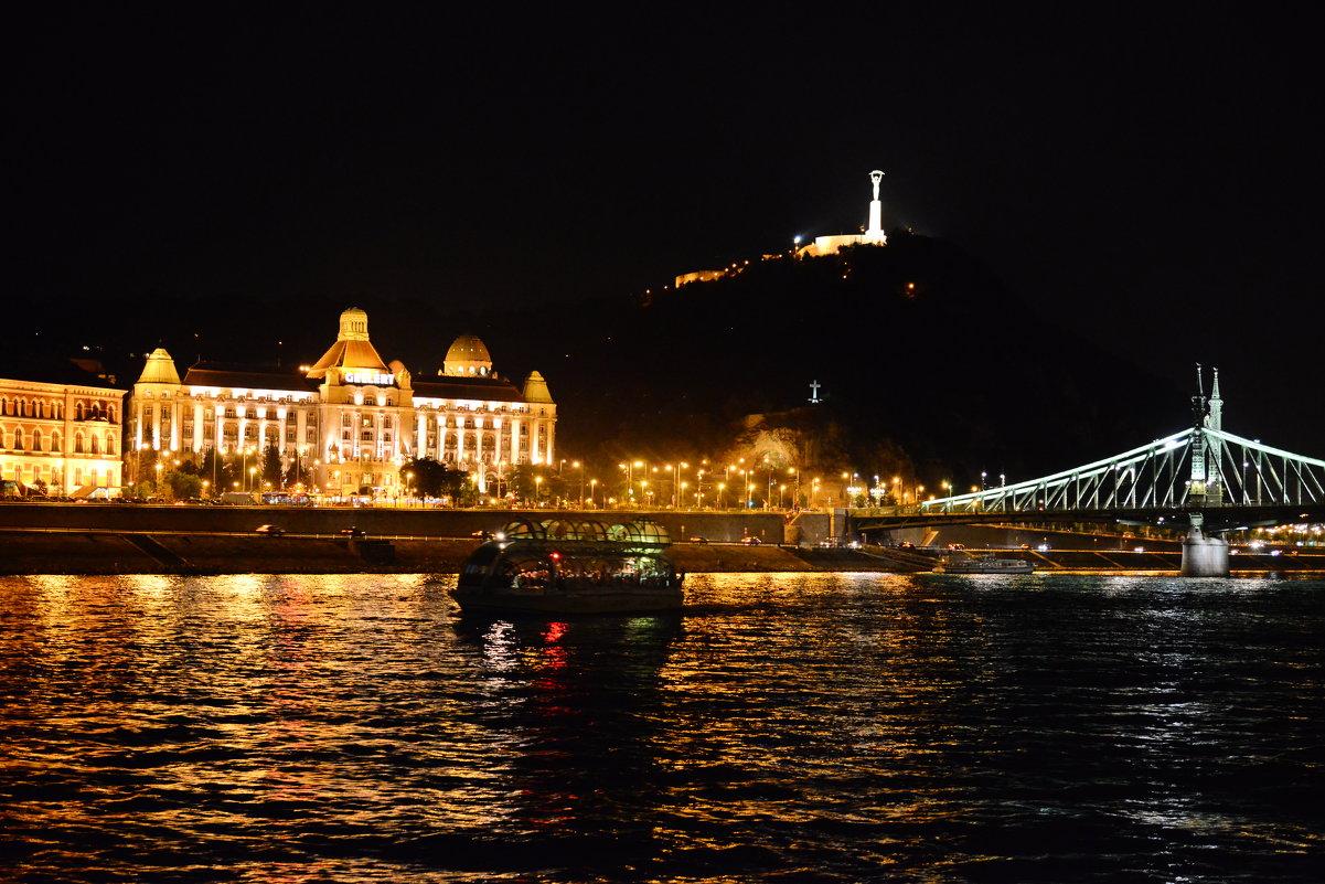 Набережная Будапешта - mihail