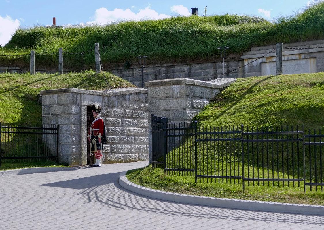 Вход в крепость Цитадель (г.Галифакс, Канада) - Юрий Поляков