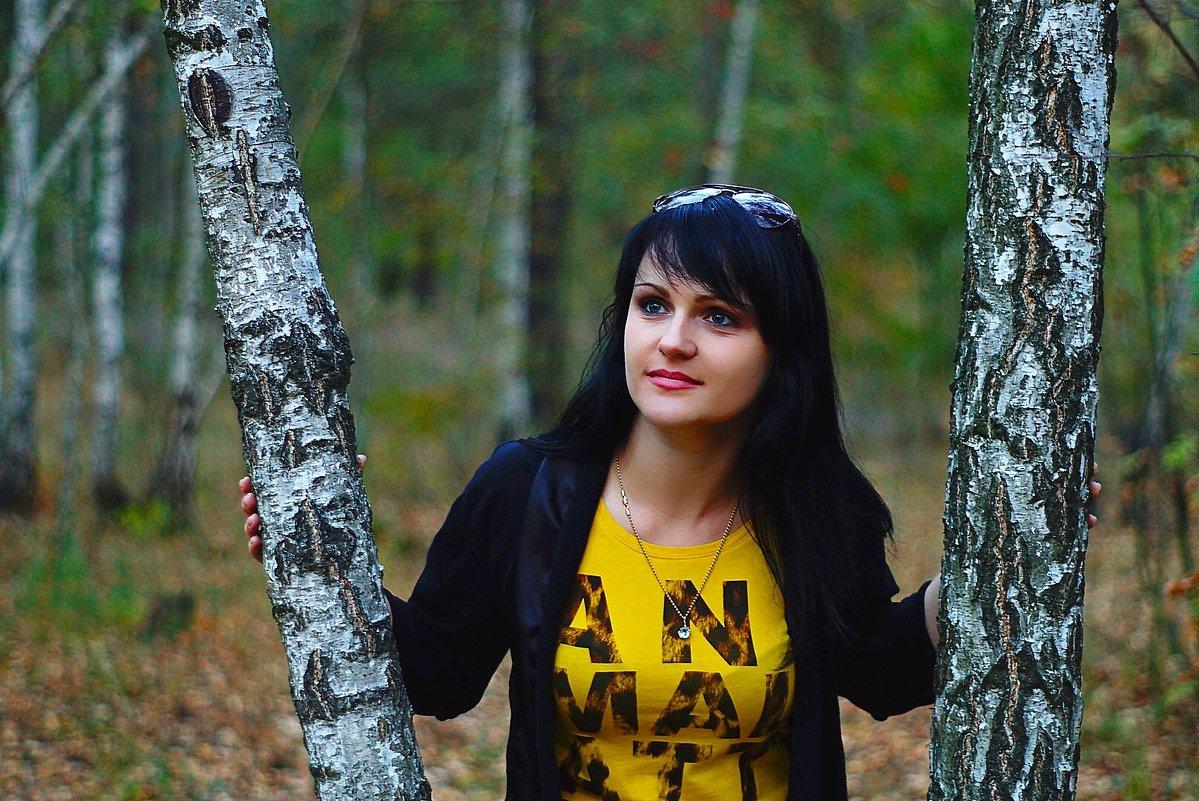 В лесу. - Алексей Ревук