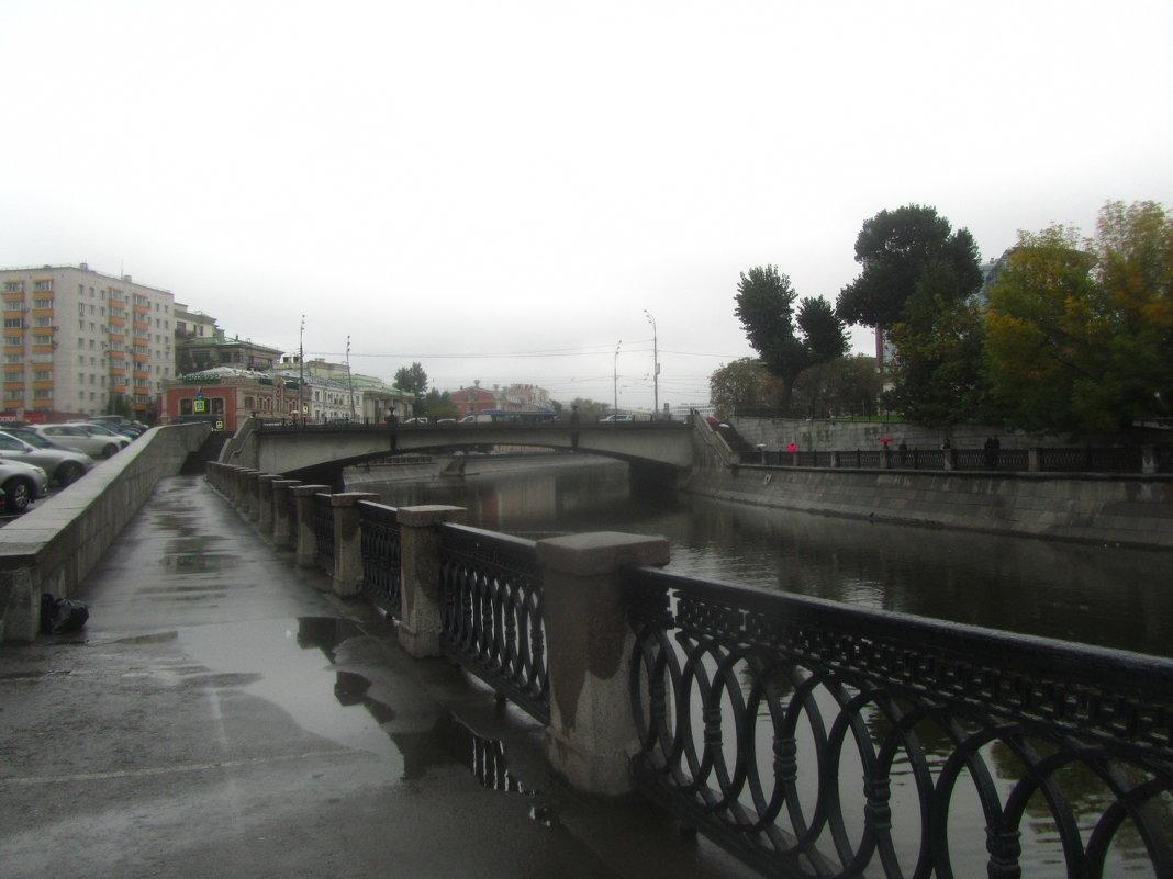 Москва,дождь - tgtyjdrf
