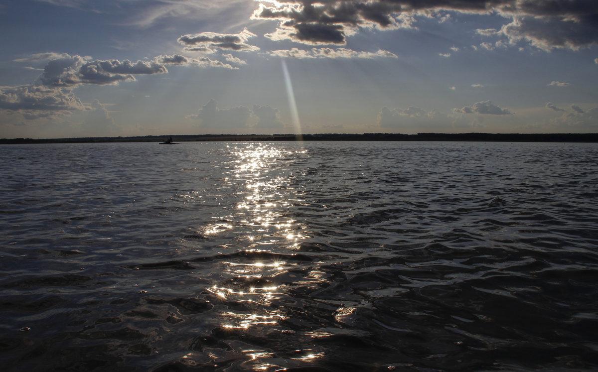тяжелая вода - Алексей Моргачёв
