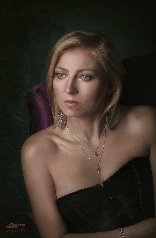 Портрет любимой - Roman Sergeev