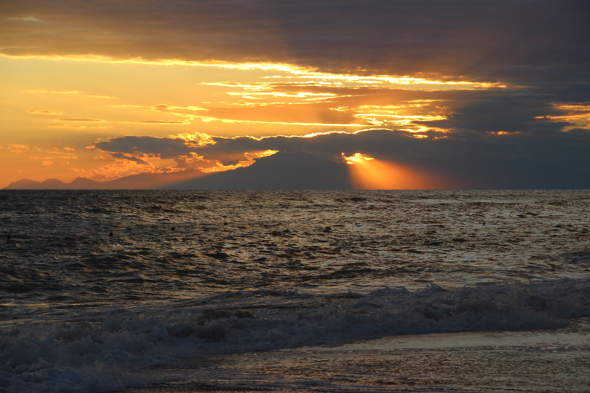 Закат и море... - Дария Хаус